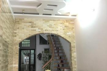 Bán nhà nở hậu - mặt đường Nguyễn Công Trứ - 6.1 tỷ. LH: 0936.85.99.65