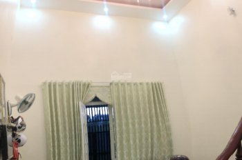 Cho thuê nhà Phú Hòa, hẻm Lê Hồng Phong, nội thất đầy đủ, 90m2, 2PN, 2WC, 9tr/th, LH 0911.645.579