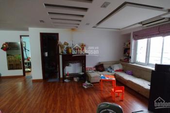 Bán căn hộ chung cư đường Hoàng Mai 84m2, 2 pn, giá 1.2 tỷ, dọn đến ở luôn. LH 0983240181