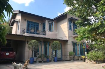Chính chủ bán biệt thự vườn 588.5m2, lý tưởng để ở hoặc xây căn hộ mini cho thuê, P6, Gò Vấp