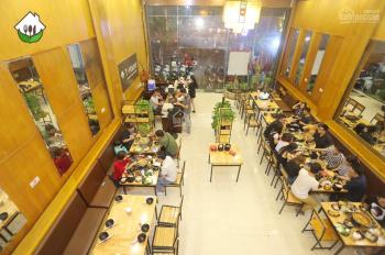 Cho thuê nhà hàng mặt phố Đại Cồ Việt, Hai Bà Trưng, mặt tiền 6m, 120m2 x 3 tầng. LH 0904613628