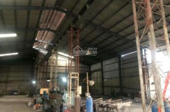 Cho thuê nhà xưởng 3500m2 và 5000m2 tại Tân Uyên Bình Dương. LH a Giáp 0946002879