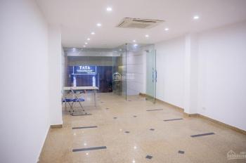 Chính chủ cho thuê cửa hàng kinh doanh 201 Bà Triệu, 60m2, hầm để xe, ô tô đỗ cửa. LH: 0988865388
