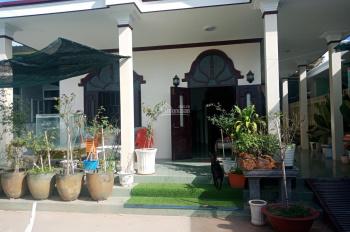 Cần bán căn nhà ở thôn Ung Chiếm, Hàm Thắng