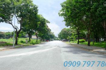 Bán lô J 111m2 đường chính 16m, KDC Hưng Phú 1, giá 49 tr/m2, LH: 0909797786