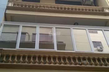 Cho thuê nhà phân lô ô tô đỗ cửa phố Hồng Hà, 45m2 x 5 tầng, nhà mới có gara ô tô, giá 17tr/th