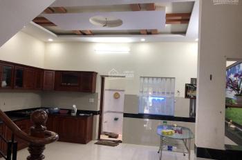 Cho thuê nhà MT 118 Nguyễn Tri Phương, gần Thành Thái, Quận 10