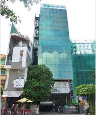 Gia đình cần bán nhà mặt tiền Phan Bội Châu, P. 2, Q. Bình Thạnh, DT 6x30m, giá 28.5 tỷ hầm 7 lầu