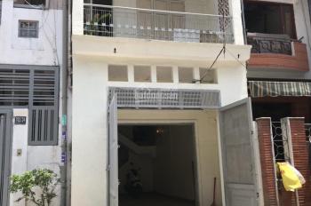 Cho thuê nhà NC HXT 6m, đuờng 702/22 Điện Biên Phủ, P 10, Q. 10, DT 4x14m, 1 trệt 2 lầu, ST