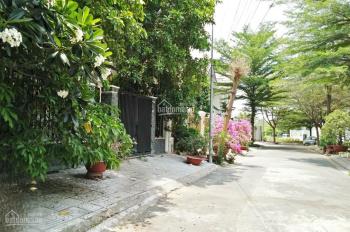 Cho thuê villa khu Sadeco Nghỉ Ngơi Giải Trí sau lưng Vivo, quận 7. Giá thuê: 40tr LH 0907894503