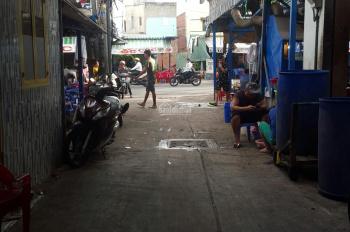 Bán nhà vị trí đẹp, sát mặt tiền phố ẩm thực Vĩnh Khánh
