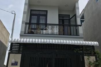 Nhà 1 trệt 2 lầu, mới hẻm xe hơi, 1 sẹc Nguyễn Duy Trinh, Q9, giá 3.6 tỷ, giáp Q.2, hướng Đông