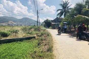 Bán đất thôn Tây ngay gần chợ Vĩnh Phương thôn Tây, giá rẻ 420- 500tr/lô, đường hiện trạng 5m
