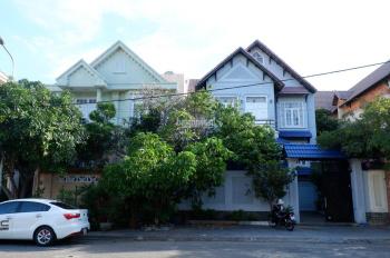 Bán biệt thự sân vườn HXH 10m, đường Nguyễn Văn Trỗi, Phường 8, Q Phú Nhuận. DT: 8x20m, giá 30tỷ