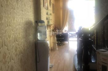 Cho thuê nhà 3 lầu mặt tiền Cách Mạng Tháng 8, 5 phòng ngủ, 5WC, giá 25tr/tháng, LH 0911.645.579