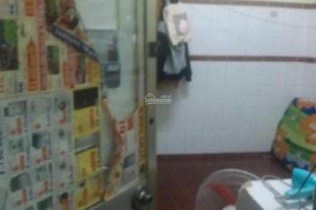 Cho thuê phòng 2.6tr/tháng, gần Cao Thắng, Quận 3, ở được 2, 3 người WC riêng