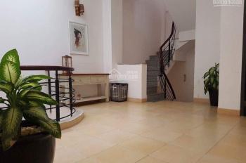 Cho thuê nhà Thảo Điền, 1 trệt, 2 lầu, 3PN, PK, bếp, 10x11m, có NT, giá 25tr, LH Vy 0934.125.284