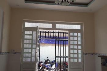 Nhà chính chủ cần bán đối diện KDC Thuận Giao, cách đường Thủ Khoa Huân chỉ 100m. Giá chỉ 850 triệu