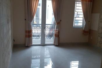 Bán nhà HXH góc 2 mặt hẻm 6m, đường Chu Văn An, P12, Quận Bình Thạnh, DT: 4,2x14m, 4 tầng