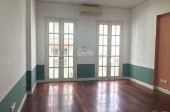Cho thuê nhà phân lô Giáp Nhất - Nguyễn Trãi, 95m2, 3T ngõ to, nhà thiết kế tầng 1 thông sàn