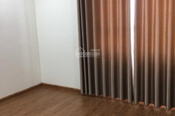Cần bán căn hộ chung cư Usilk City, diện tích 165m2, căn thô, đã có sổ đỏ, giá 13.5 tr/m2 bao tên