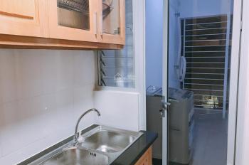 Cho thuê chung cư Miếu Nổi lô C lầu 4 giá 7 triệu/tháng. LH: 0938 389 381 Thanh