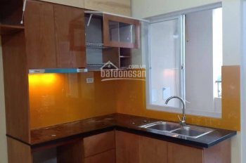 Cho thuê căn hộ chung cư CT2A Thạch Bàn có tủ bếp, review thoáng mát, ở được ngay. LH: 0968095283