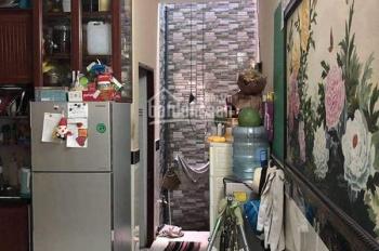 Nhà hẻm 3m Nguyễn Chí Thanh, đang cho thuê 10tr/tháng, gần trường ĐH Kinh Tế