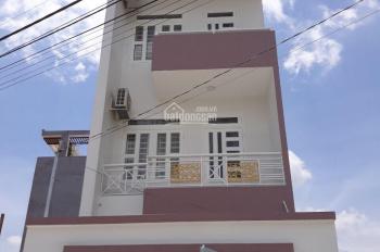 Cho thuê nhà nguyên căn mặt tiền đường 119, phường Phú Hữu, Quận 9