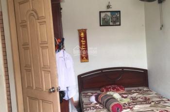 Cho thuê nhà phố Bà Triệu, Hà Đông, DT 80m2, 4 tầng, điều hòa 17tr, LH 0963.376.379