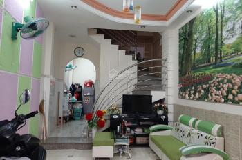 Nhà có 5PN, cách mặt tiền Nguyễn Thượng Hiền chỉ vài bước chân