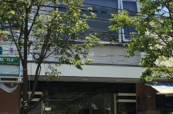 Giá rẻ thật sự, bể nợ bán rẻ nhà đẹp 3 tầng mái đúc mới 100% đường Tôn Quang Phiệt. LH 0903 558166