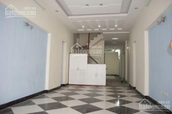 Cho thuê cả nhà tại Hồ Tùng Mậu thích hợp làm Văn phòng, ở hộ gia đình, showroom
