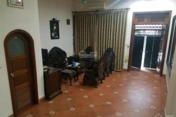 Cho thuê nhà riêng rộng rãi trong ngõ 310 Nghi Tàm, Tây Hồ, 75m2 x 4 tầng, giá 18 triệu/tháng