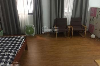Căn hộ chung cư thang máy ngõ phố Thanh Nhàn - Bạch Mai, DT 55m2, giá 6,5 tr/th