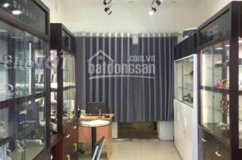 Cho thuê cửa hàng mặt phố Hàng Bạc, Hoàn Kiếm, DT: 55m2, MT: 3,5m, giá: 50tr/tháng, 0988844074