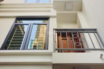 Bán nhà phố Định Công Thượng, SĐCC 35m2, 5 tầng, ngõ 3m, giá 2,75 tỷ (nhà mới, ở ngay, ảnh thật)