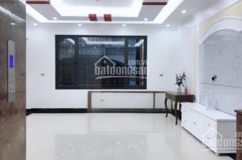 Bán gấp nhà Quận Thanh Xuân, 70m2 - doanh thu 40 tr/1 tháng, chỉ 6.7 tỷ. LH: Mr Quân 0972642825