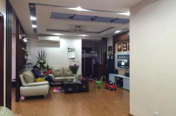 Cho thuê căn hộ chung cư Đất Phương Nam, Q. Bình Thạnh, 3PN, 130m2, giá 14tr/th. LH 0902.312.573