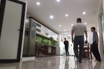 Bán nhà mặt đường Quán Nam 88m2, 5 tầng, giá 6.7 tỷ, liên hệ: 0868580068