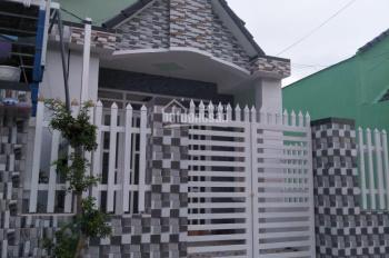 Chính chủ bán nhà xây mới kiểu mái Thái đường Phạm Hùng, cách chợ Trung An 100m, có thổ cư 770tr