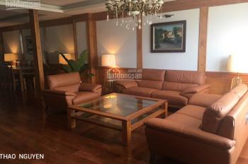 Cần bán gấp căn hộ chung cư dt 142m2 CT5, khu ĐT Sudico Mỹ Đình Sông Đà, 26tr/m2. LH 09.1818.6169