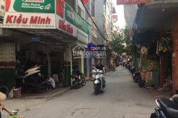 Cho thuê cửa hàng mặt ngõ Thái Thịnh, 30m2 x 2 tầng giá 10tr/th, phù hợp nail, tóc, onilne