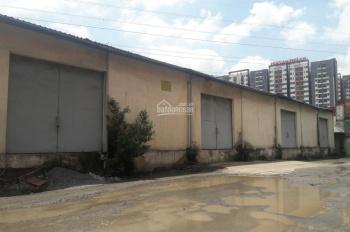 Cho thuê kho mặt tiền đường Xa Lộ Hà Nội, quận 9. LH: 0902505323