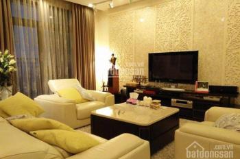 Cho thuê gấp căn hộ ở tòa R2, diện tích 145m2, 3PN, căn góc, giá 23 triệu/tháng, LH: 0932438182