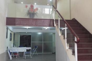Cho thuê liền kề phố Lê Văn Thiêm, Thanh Xuân. DT: 140m2 x 3 tầng, 1 tum, mặt tiền 6m