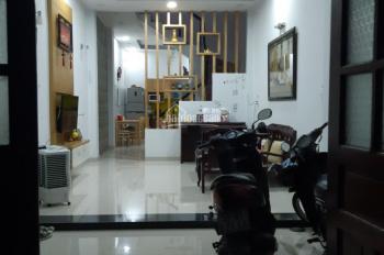 Bán nhà tại HXH Phạm Văn Bạch, quận Gò Vấp, tiện kinh doanh, giá tốt