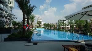 Chính chủ cần bán Him Lam Phú Đông hướng Đông Nam view hồ bơi 65m2, full nội thất, LH: 0934.117.007