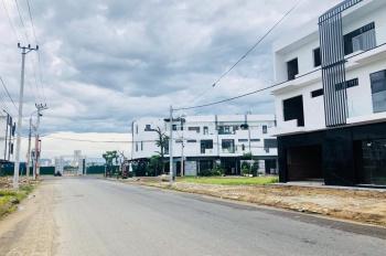 Tôi cần bán căn nhà thuộc dự án thuộc dự án Marina Complex bên sông Hàn. LH 0901989976