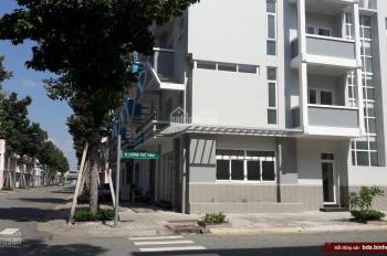 Cho thuê nhà nguyên căn 1 trệt 2 lầu ngay cổng Vsip 2, 0919 884 139